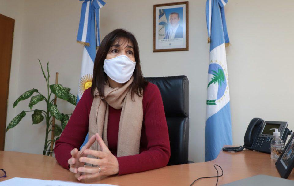 Lanzamiento temporada de invierno, gobernador Omar Gutierrez y Marisa Focarazzo